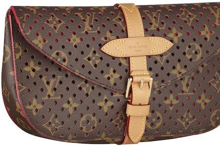 Стараниями Louis Vuitton и Софии Коппола «вторую жизнь» получили  аксессуары, созданные в давно минувших эпохах шестидесятых и семидесятых  годов. 5a430d58423