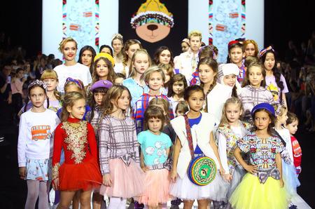 """В Москве прошел показ коллекции """"Шотландия"""" бренда """"Ульяна Кузнецова"""""""