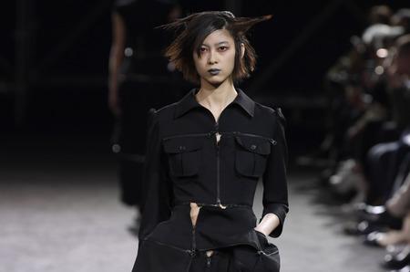 Неделя моды в Париже: Yohji Yamamoto. Весна, 2019