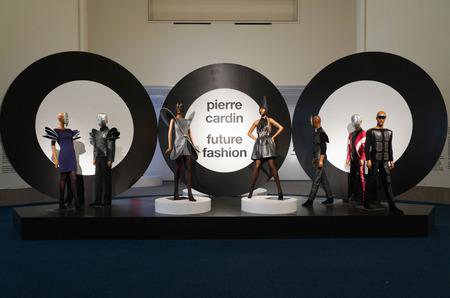 Выставка Пьера Кардена Future Fashion