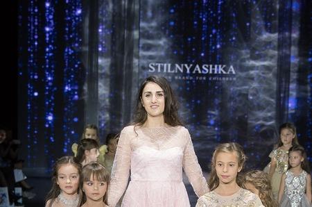 Звездные дети на показе бренда Stilnyashka