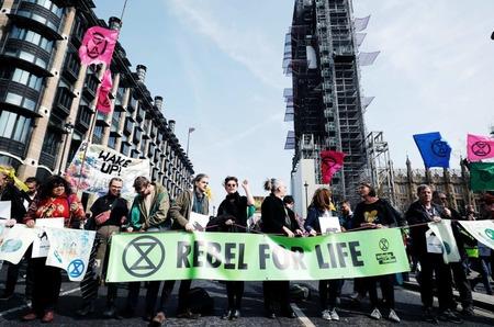 Неделя моды в Лондоне под угрозой срыва