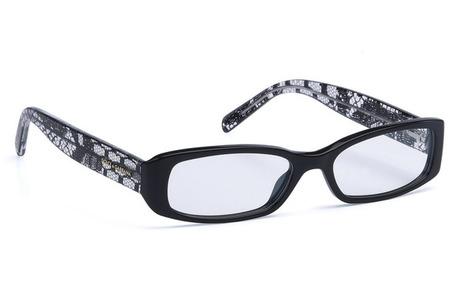 Изысканность кружева стала одним из ключевых мотивов не только в коллекции  Dolce   Gabbana осень-зима 2011-2012, но и в новой коллекции солнцезащитных  очков ... 6386f5ed36d