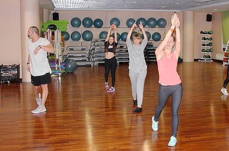 На языке танца: готовимся к лету в режиме Dance Mix от X-Fit
