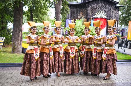 Москвичи познакомились с индонезийской модой