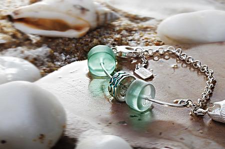 Ностальгия по лету: ювелирный бренд LeDiLe выпустил новую морскую коллекцию браслетов