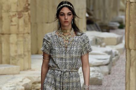 Греческая коллекция Chanel. Cruise, 2018