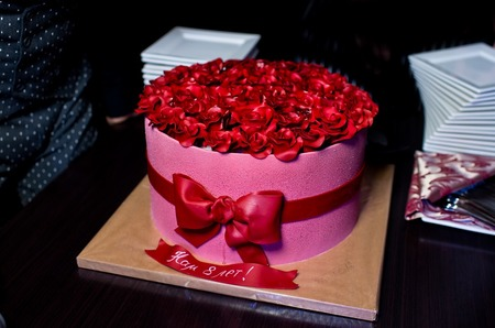 Лучшее кабаре столицы «Le Rouge» с размахом отметило восьмой день рождения!