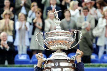 Звезда рекламной кампании Calvin Klein Underwear одержал победу в чемпионате по теннису
