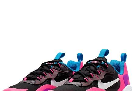 Новинки в STREET BEAT KIDS: подростковые кроссовки  Nike Air Max 270 React (GS)