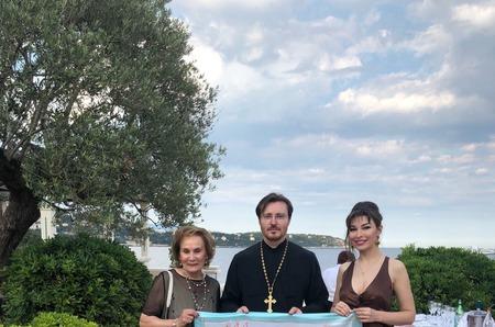 Коллекционный платок БФ «Русская земля» ушёл с молотка  за рекордную сумму на благотворительном аукционе в Монако