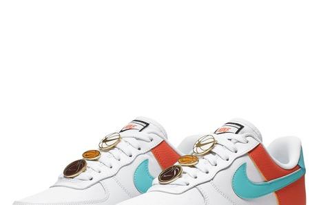 Новинки в STREET BEAT: женские кроссовки Nike Air Force 1 '07 SE