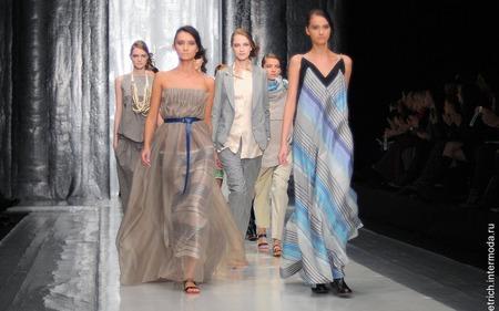 Правда, в этот раз любимый дизайнер редактора Fashion Collection Марины  Дэмченко сделала заметный шаг в сторону женственности. 7a6f92fdb33