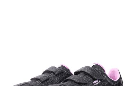 Новинки в STREET BEAT KIDS: детские кроссовки Puma Whirlwind Glitz V PS