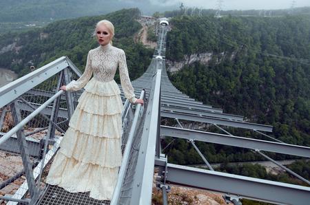 Look book бренда Yulia Prokhorova Beloe Zoloto капсульной коллекции Лето 2016