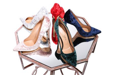 Бархатные туфли - новый летний тренд