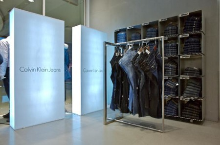 Актуальные образы от Calvin Klein Jeans