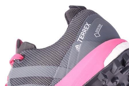 Беговые кроссовки для непогоды в STREET BEAT SPORT