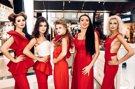 На конкурсе Fashion Battle осень-2017 победила коллекция в красном