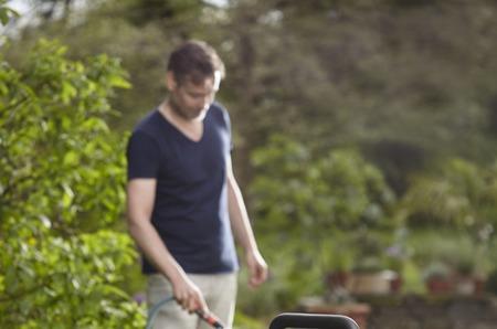 Как сделать уход за садом еще легче?