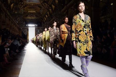 Неделя моды в Париже пройдет в привычном формате