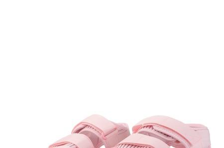 Новинки STREET BEAT: женские сандалии adidas Originals Adilette Sandal 2.0