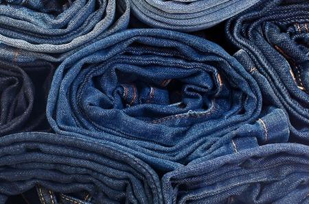 За год в мире продано 562 миллиона пар джинсов