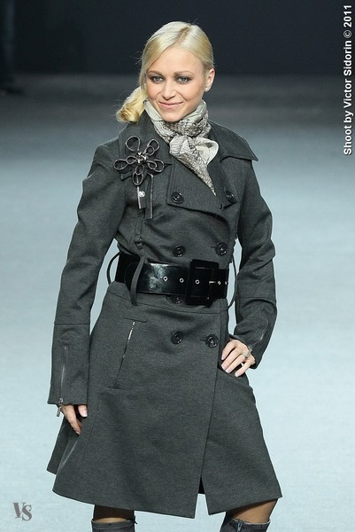 http://intermoda.ru/uploads/users/1/galleries/10814/.thumb/600x600/153982.jpg
