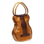 ONE торговая марка дизайнерских сумок и аксессуаров.  Она была запущена...