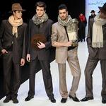 И в этом каталоге есть что выбрать: мужской шарф, наручные часы.