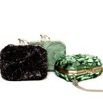 Для создания сумок была использована кожа, выделанная с помощью...