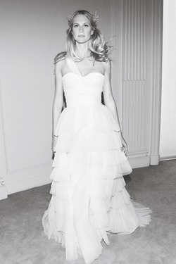 Свадебные платья 2012 от Alberta Ferretti.  Коллекция Forever.