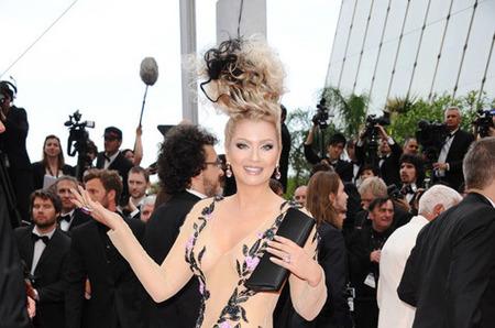 Платье от Ольги Русан шокировало всю прессу в Каннах