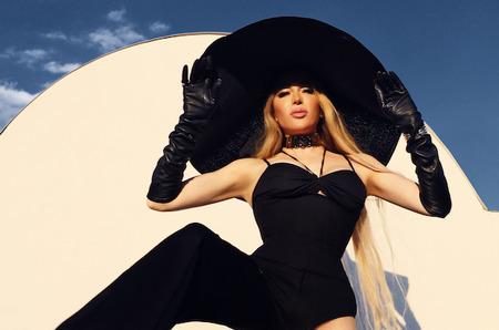 Инна Сигле на обложке Glamour Bulgaria