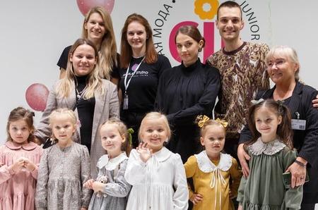 Центр компетенций текстильной и легкой промышленности Ивановского Политеха объединил ивановские компании и дизайнеров на выставке детской моды в Москве