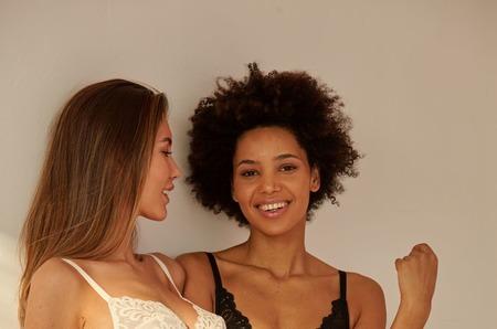 Французский бренд DIM объявляет старт летней распродажи