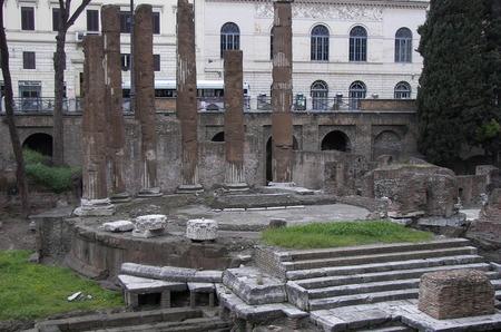 Дом Bulgari отреставрирует площадь в Риме